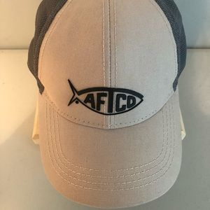 AFTCO Bluewater logo tan & gray truckers hat; OS